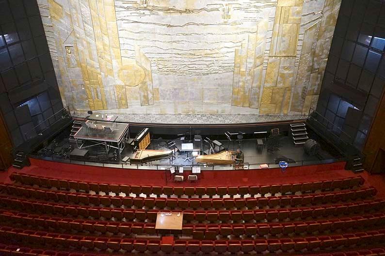 Grand_Theatre_02